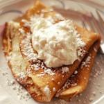 Pönnukökur (Icelandic Pancakes)