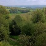 Dans les terres plaisantes et verdoyantes de l'Angleterre...